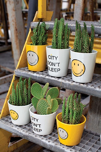 Smiley Happy Decor By Marie Michielssen For Serax   Pottery