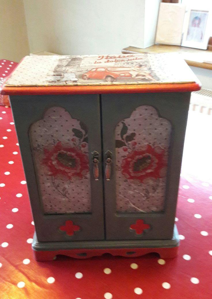 Upcycled  jewlery box