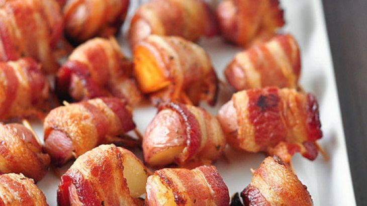 Bacon-Wrapped Potato Bites with Spicy Sour Cream Dipping Sauce