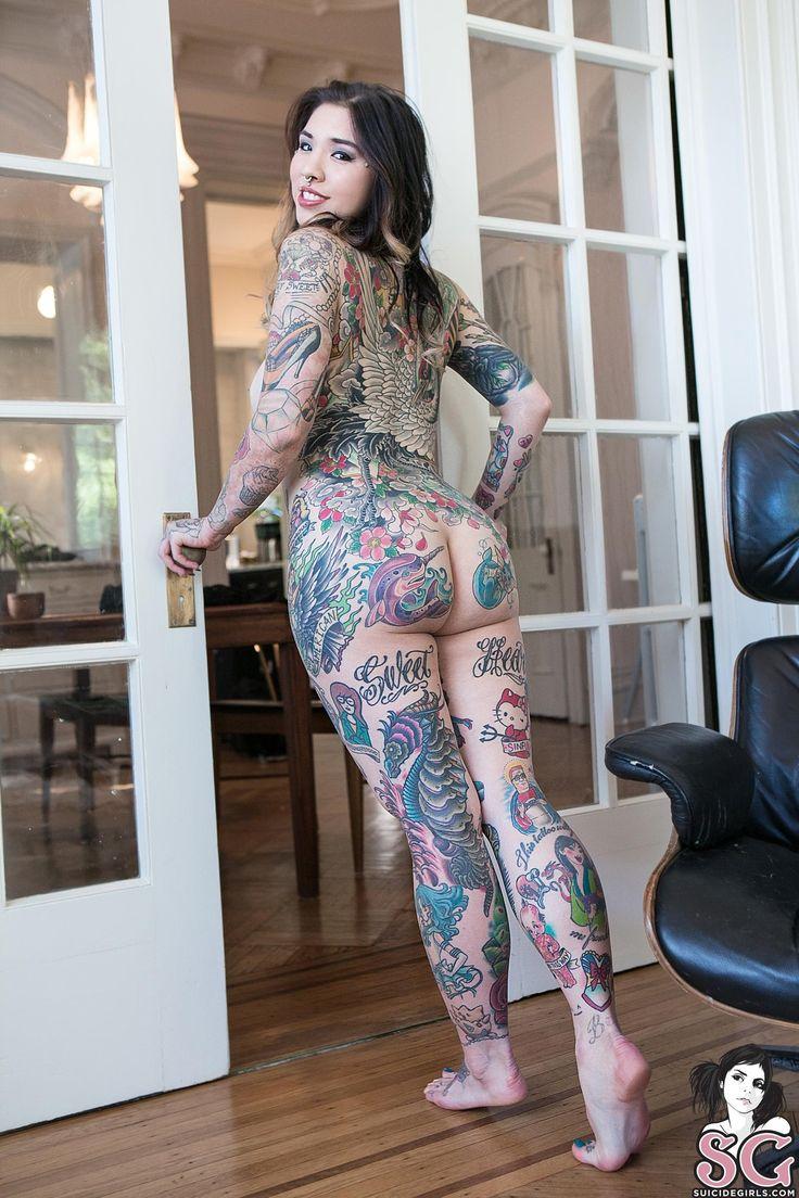 Nude tattooed girls foto 94