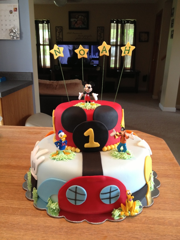 Mickey Mouse Clubhouse Cake!