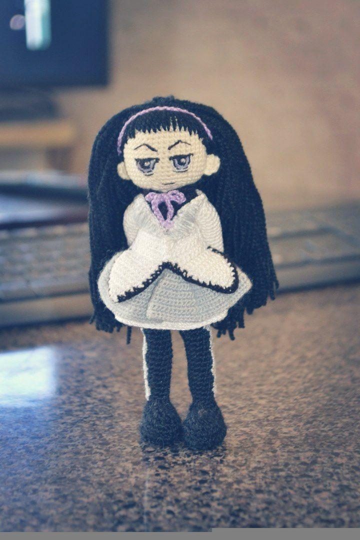 """Акэми Хомура - героиня аниме Puella Magi Madoka Magica или """"Девочка-волшебница Мадока Магика""""  связана на заказ  #handmade #амигуруми #amigurumidoll #ручнаяработа #Акэми_Хомура #Хомура #кукла #Девочка_волшебница #Мадока_Магика #Puella_Magi_Madoka_Magica #doll #dollinpocket   размер: 14 см; материал: акрил, хлопок, шерсть; наполнитель: холлофайбер   создана на проволочном каркасе. одежда, кроме обуви, снимается при большом желании. прически можно менять, расчесывая волосы гребнем с редким"""