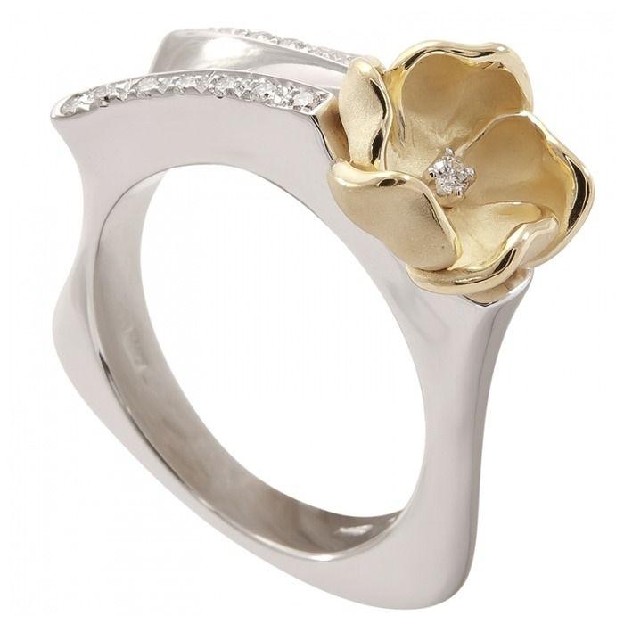 кольцо с бриллиантом итальянских дизайнеров задниц алого цвета
