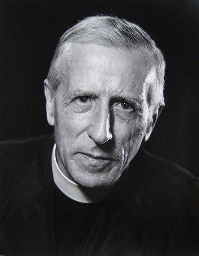 pierre teilhard de chardin essay This is the complete text of teilhard de chardin and the christian vision,  by  the dream of such a reconciliation was the jesuit, pierre teilhard de chardin.