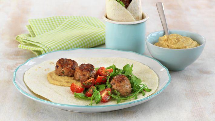 Wrap med kjøttboller og hummus - Familien - Oppskrifter - MatPrat