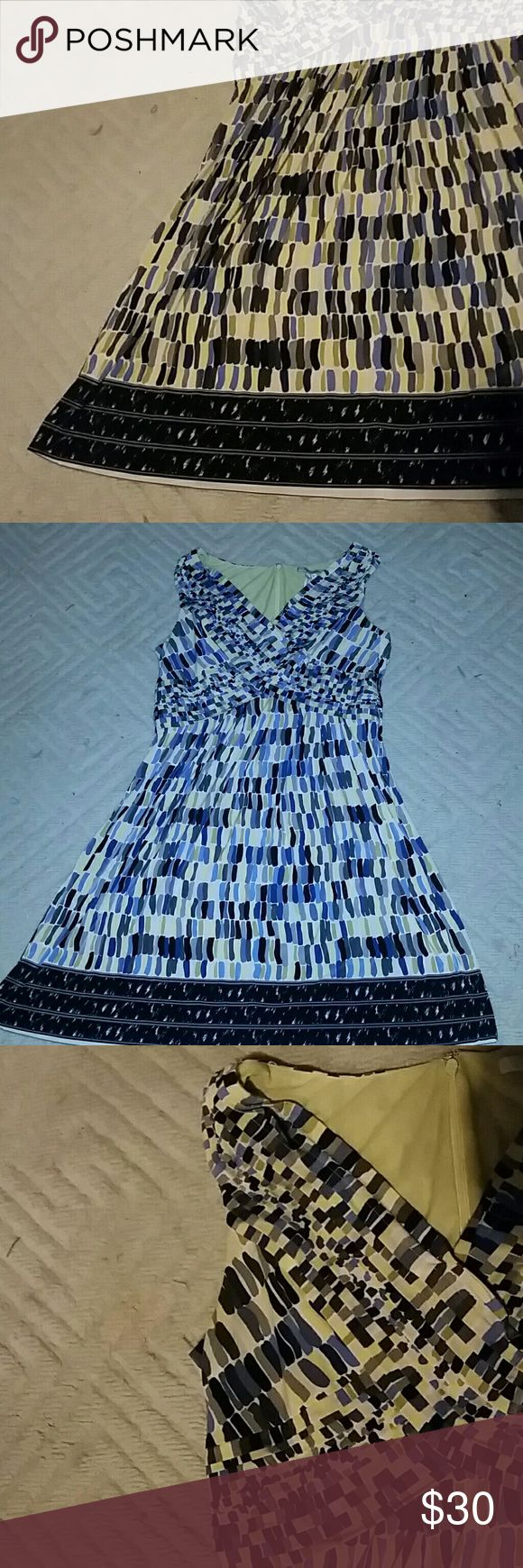 Max and cleo summer dress Blue yellow gray and black vneck flowy summer dress. G…