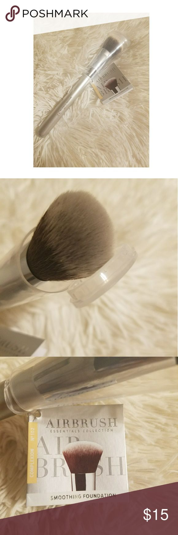 IT cosmetics airbrush foundation brush Brand new. Never used. Super soft brush! Exclusively sold at ulta. IT cosmetics Makeup Brushes & Tools