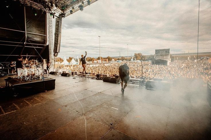 ☴The Amity Affliction