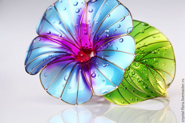 Morning-glory Transparent flower, Unusual jewelery for hair from Elena (Crystal Flora, hair accessory, kanzashi, of synthetic resin and wire, American flowers, it is not kanzashi by Sakae, luxury jewelry, wedding decorations, wedding flowers, transparent flowers)