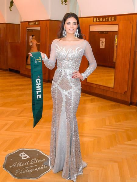 Miss Chile - Natividad Leiva   posing during the evening gown parade as part of the activities of Miss Earth 2015 #Coverage #MissEarth2015 #BeautyPageant #Austria #ZarDeMisses #BeautiesForACause