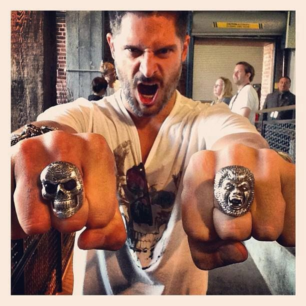 Joe Manganiello at Comic Con wearing his Day of the Dead Skull Ring with Garnet Eyes, his Wolfman Ring and Dragon Bracelet.  We love this guy!  (Photo by fan Sarah Perez)