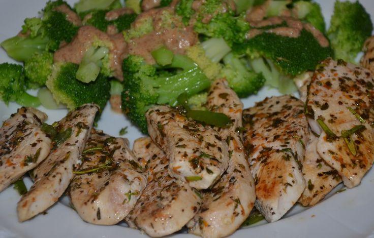 Hühnchen Provencal mit Mandel-Brokkoli