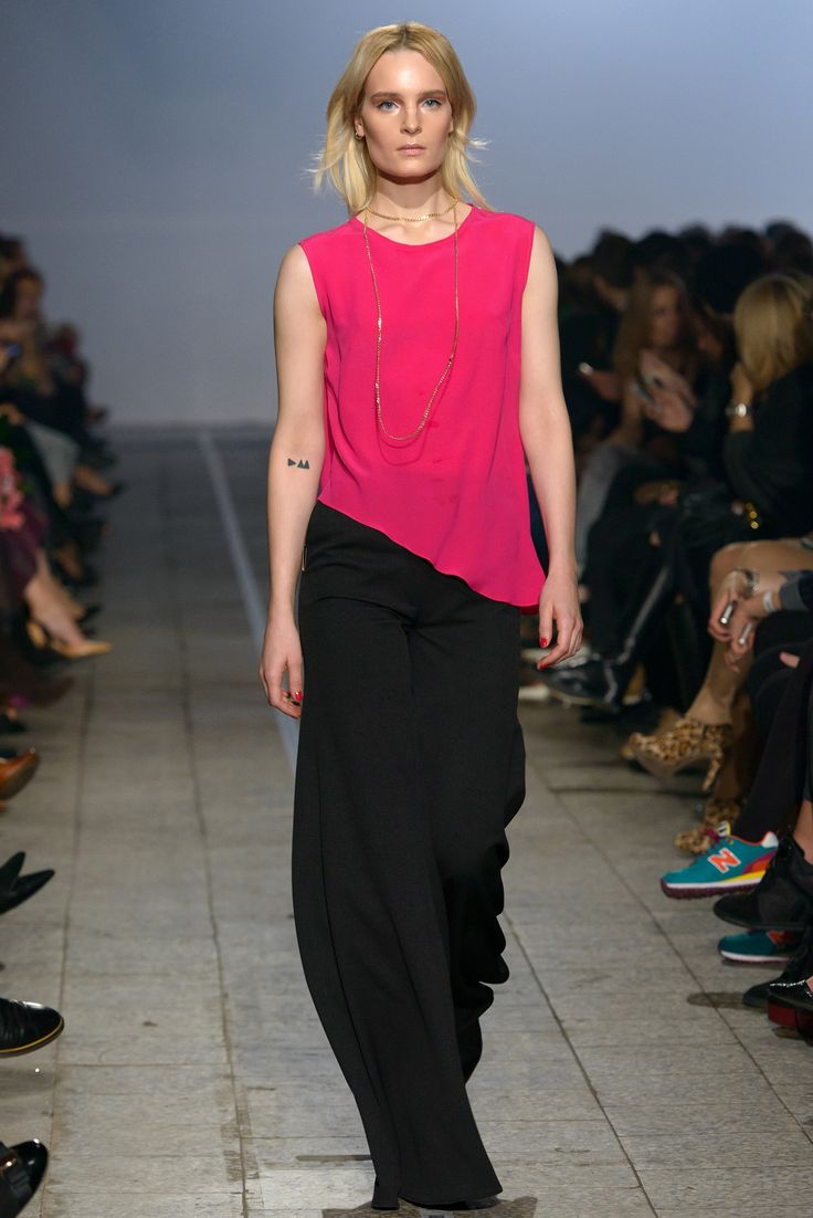 Paprocki & Brzozowski S/S 2015 | www.Yesismybless.com/make-sex-not-war-paprocki-brzozowski-wiosna-lato-2015/ | #PaprockiBrzozowski #fashion #fashionshow #makesexnotwar #sex #not #war #fashioncatwalk #runway #model #style #new #collection #poland #polish #designer #designers #polishfashion #BizuteriaYES #springsummer #YESisMyBless