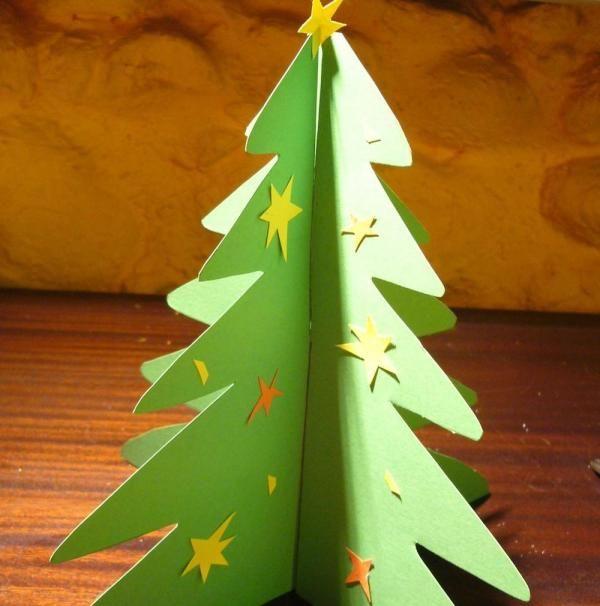 Albero Di Natale 3d.Come Fare Un Albero Di Natale In 3d Con Il Cartoncino Alberi Di Natale Natale Cartoncini