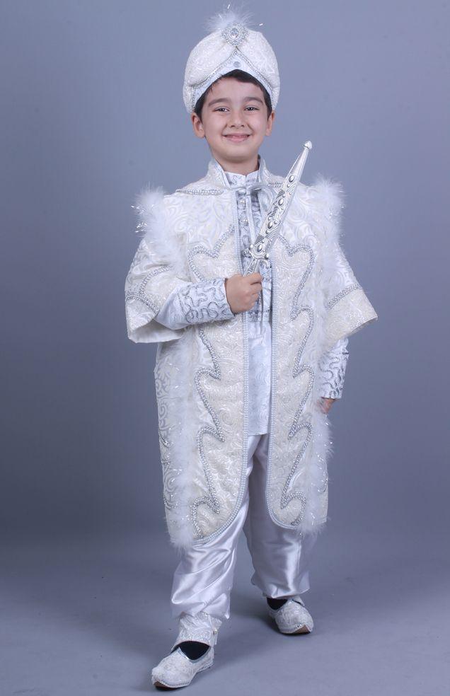 Cihangir Beyaz Gümüş Kaftan Sünnet Kıyafeti http://sunnetcarsisi.com/kaftan-sunnet-kiyafetleri