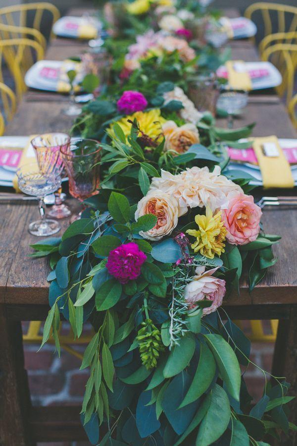 Centros de mesa con verdor, ¿Qué opinas de este estilo? #CentrosDeMesa