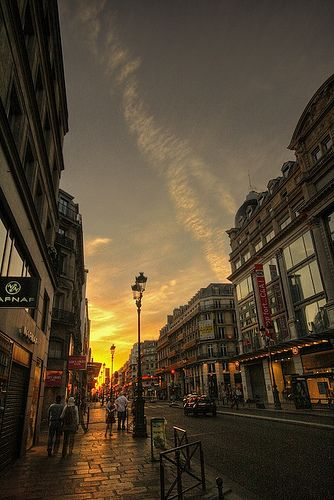 Les rues de paris 1 by ninjakream, via Flickr