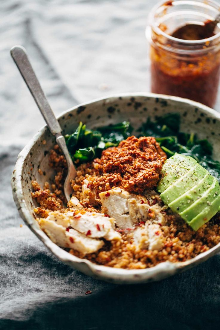 Marinated Kale and Chicken Quinoa Bowl with Sun Dried Tomato Sauce! this recipe is clean, simple, and nutritious! | pinchofyum.com