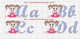 Spot és Patch stúdió: Monograms és ábécé Cross Stitch