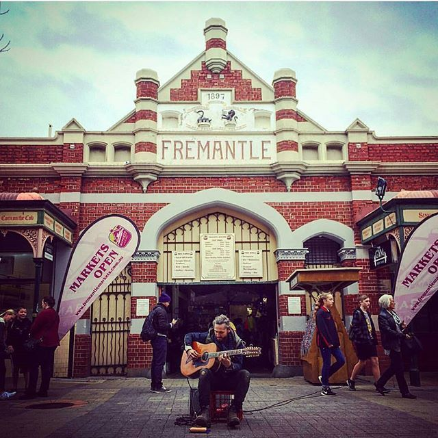 John Butler posed as a busker and played a sneaky session outside of the Fremantle Markets today.  This is why we loooooove Fremantle! Photo by @kester_sappho #johnbutler #fremantle #music #busker #lovefreo #fremantlemarkets #friday #travel #westaustralia #goodtunes #wintervibes
