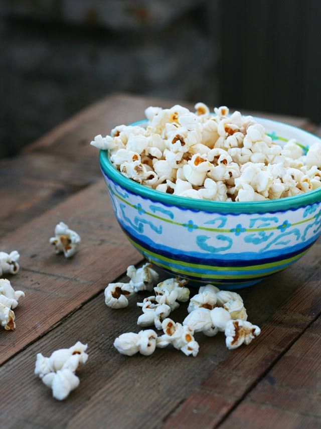 Sea Salt Popcorn = Part of the 10 Dollar Food Day from Cheap Recipe Blog    A big bowl of popcorn costs just 23 cents!