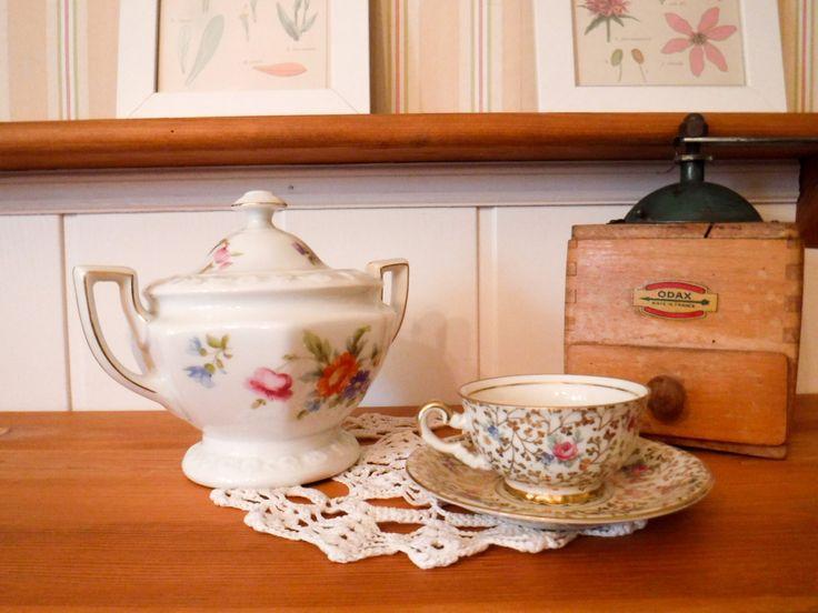 Rosenthal european china, Rosenthal sugar dish, Rosenthal porcelain, Rosenthal Maria, large sugar bowl, with lid, lidded sugar bowl by GrandmasOldStories on Etsy