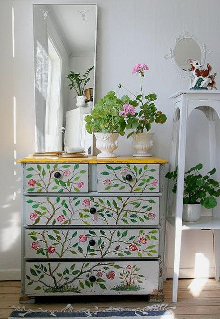 Gorgeous dresser that appears to be hand painted