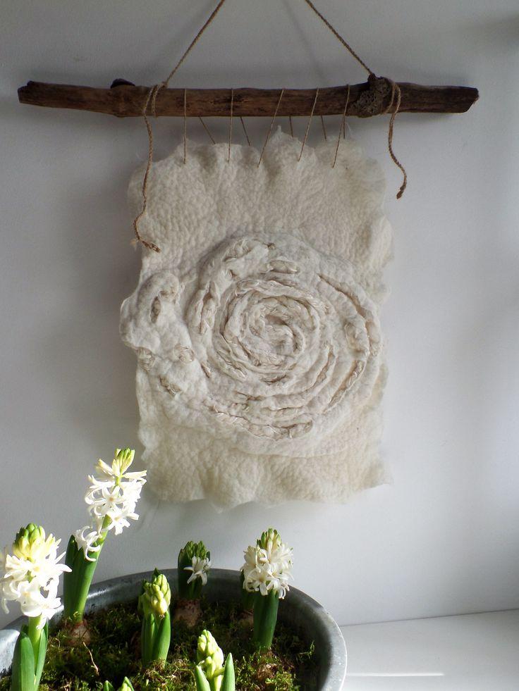 Lei55/ Wallhanging woolfelt