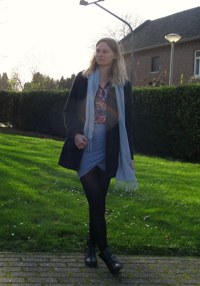 OUTFIT | Grey Wrap Skirt