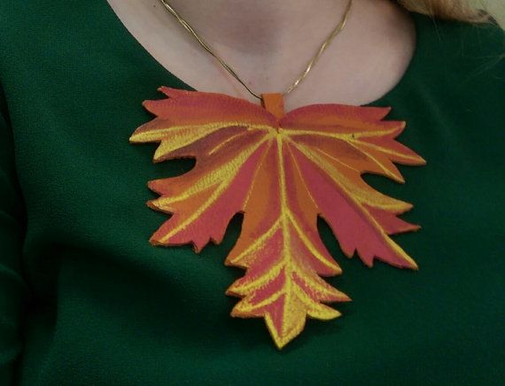 Pendant Leather accessory hand made by DSTcraft on Etsy