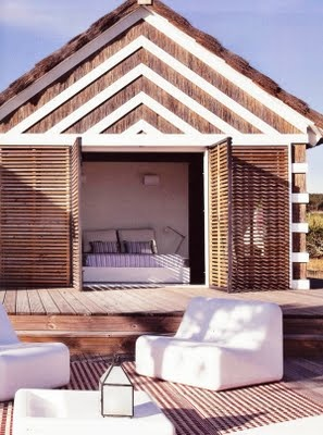 (photo) upscale beach bungalow. white + natural wood. #chs #pinterest #style
