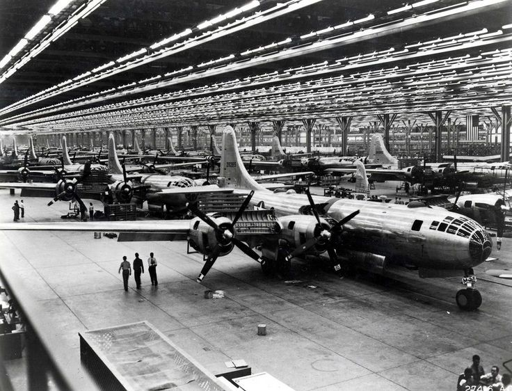 Boeing-Whichata B-29 Assembly Line - 1944 - Boeing B-29 Superfortress - Wikipedia, the free encyclopedia