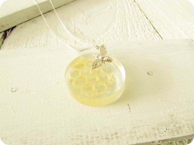 Sterling Silver Buttonsy Real Honeycomb and Bee Necklace £35.00