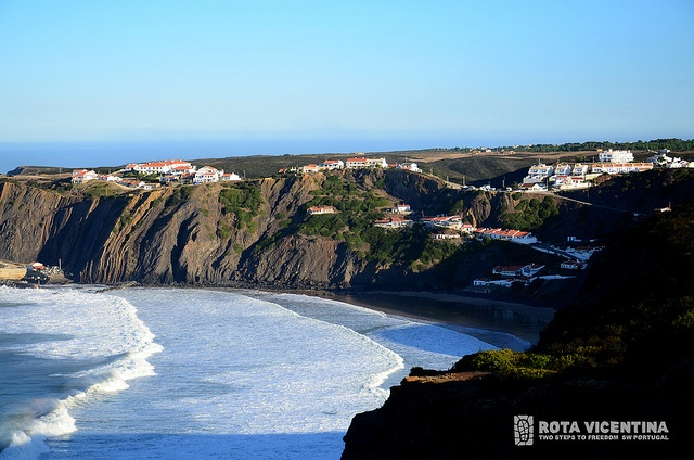 Arrifana beach by Rota Vicentina, via Flickr, Portugal #RotaVicentina