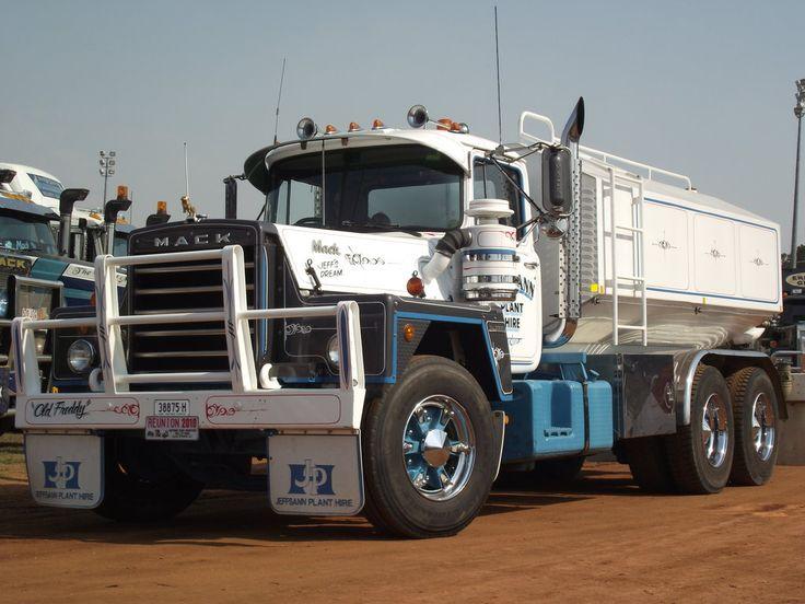 MACK water tanker in Australia