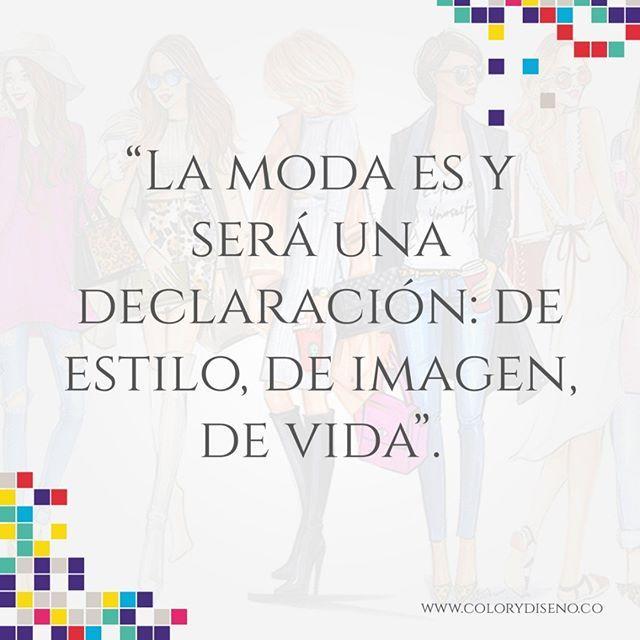 La #Moda va más allá de marcas y colecciones, la moda es una proyección  de quien eres.  #Fashion #Style #Estilo #Fashionista