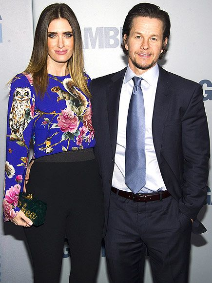 Star Tracks: Thursday, December 11, 2014   COUPLED UP   Mark Wahlberg and wife Rhea Durham go hip-to-hip at the premiere of The Gambler on Wednesday in N.Y.C.