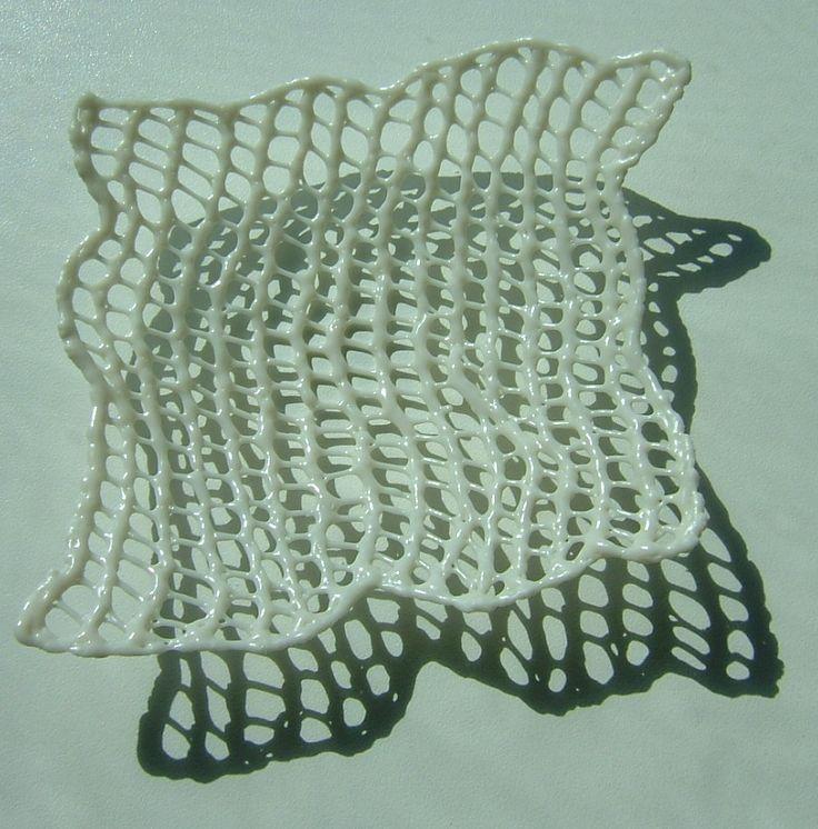 'fragile' feldspathic glaze knitting