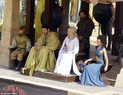 Tyrion Lannister est l'invité surprise des combats de gladiateurs de Meereen.