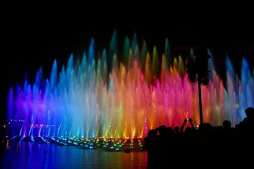 conflictingheart:    World of Color (Kirsten Marie Hutton)