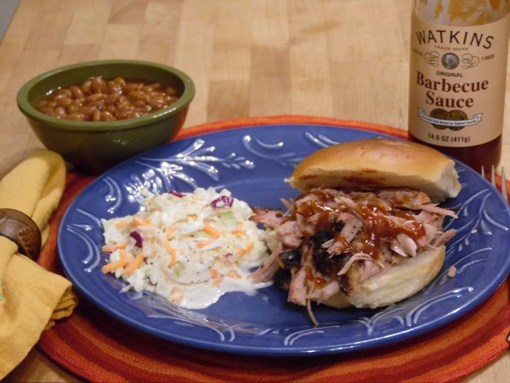 Delicious & simple #recipes for smoked Boston Butt and tangy Coleslaw.