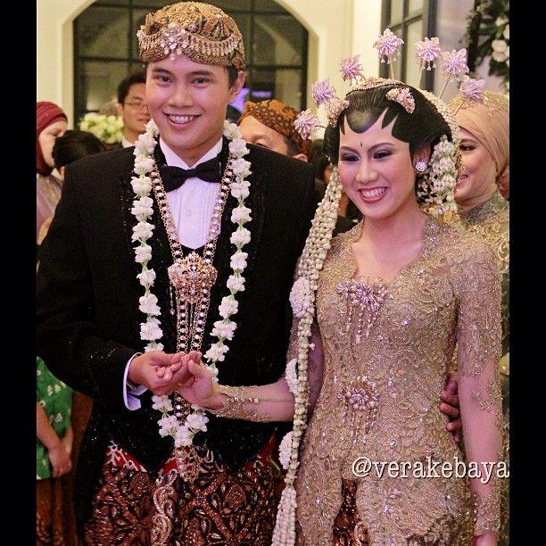 javanese wedding, indonesian, vera anggraini kebaya