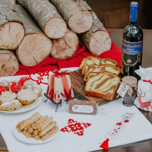 Vezi Traditional Christmas Table
