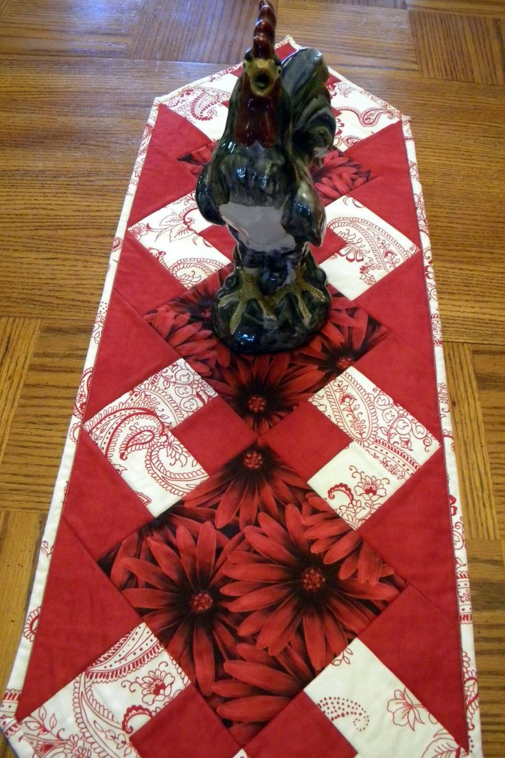 Rose Table Runner, Red Table Runner, Red Quilted Table Runner, Red Table Decor, Table Runner, Red and White Table Decor, Western Decor by SewGoodbyDolores on Etsy