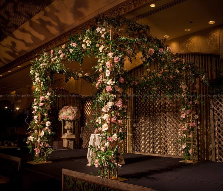 Love The Secret Garden Theme Of This Canopy By Kehoe