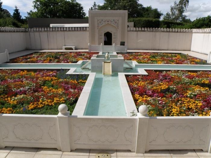 Indian garden - Hamilton gardens NZ. Lovely