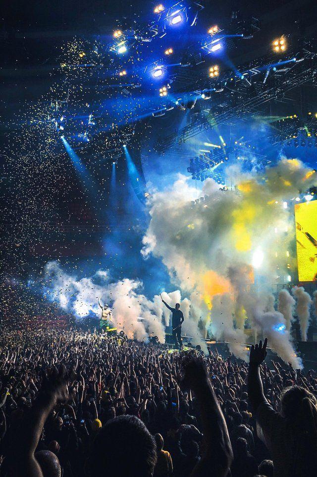 Twenty One Pilots Concert At Stockholm Concert In 2020 Twenty One Pilots Concert Twenty One Pilots Wallpaper One Pilots