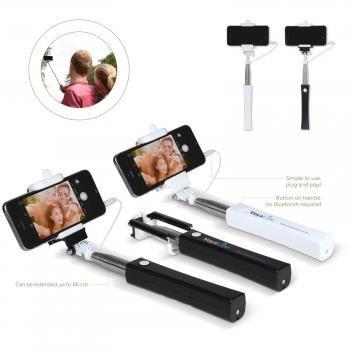 Stick per selfie mod.LT91112, si connette al vostro smartphone con un cavetto e si attiva con l'apposito pulsante posizionato sull'impugnatura che offre un'ampia superficie di stampa.