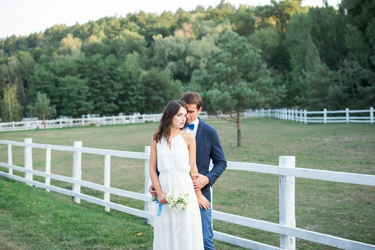 Красивая свадебная фотосессия в Межигорье. Теплые, эмоциональные свадебные фотографии.