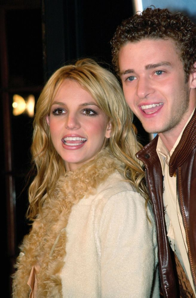 Britney Spears Conservatorship: Singer's Internet & Cellphone Use Is 'Restricted & Heavily Monitored' (REPORT)